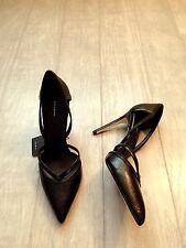 ZARA Women's Contrast  High Heel Shoes (Black, US 8/EUR 39)