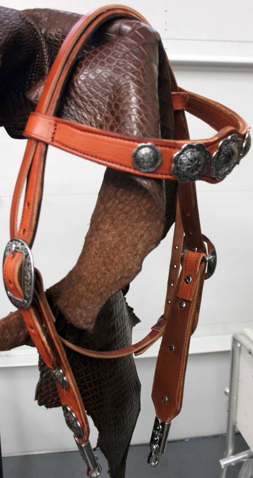 Manta Leather Hand made in USA Western Bridle. Your color & dimensions