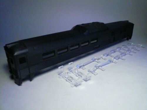 Athearn HO Budd Undecorated Motor Car Shell w// windows 20758 NEW-FAST SHIPPING!!