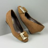 Womens Andiamo Mustard Center Shoe Size 6m 6 M