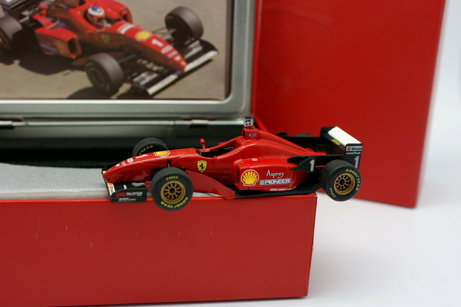 Hot Wheels La Storia 1 43 - F1 Ferrari F310 Winner Barcelona GP 1996