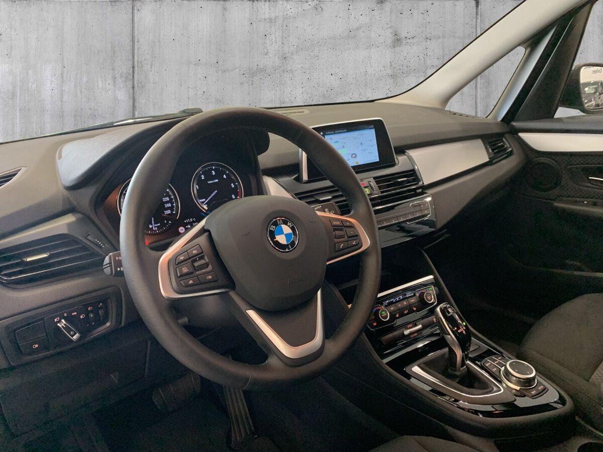 BMW 218d Gran Tourer Connected aut.
