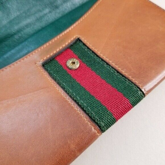 GUCCI  Beautiful  Vintage Classic Gucci wallet - image 4
