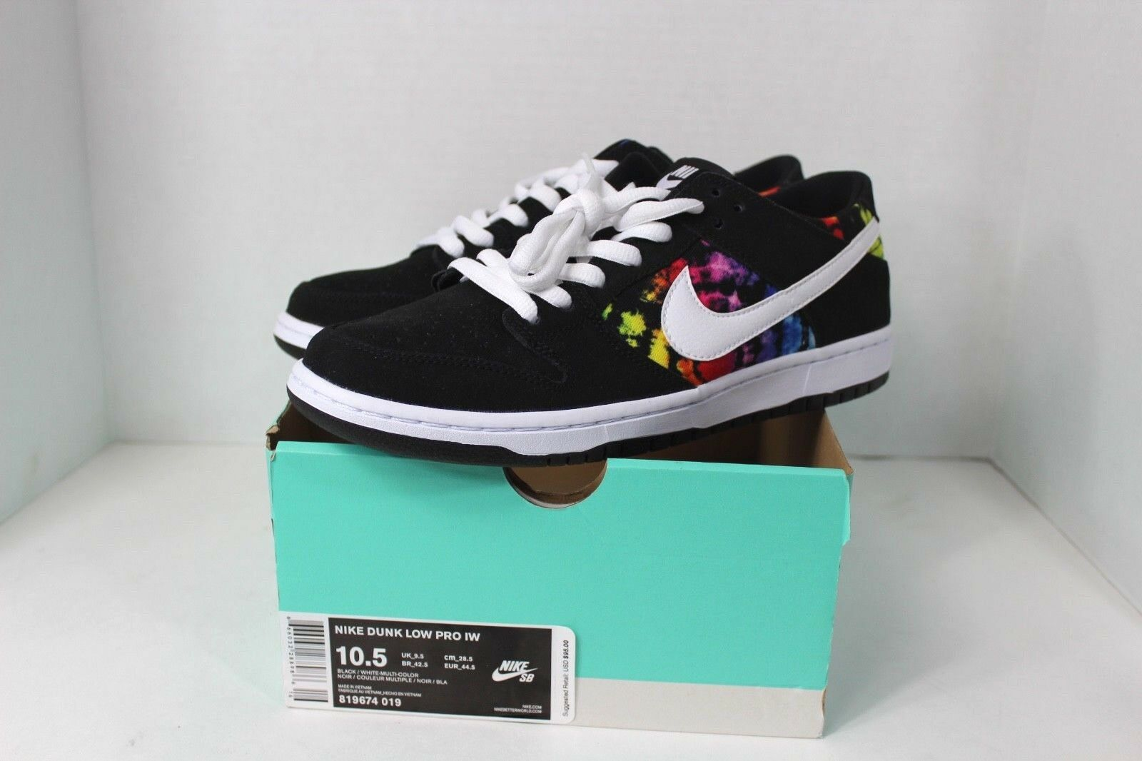 New w Box Nike Mens Size 10.5 SB Dunk Low Ishod Weir Pride LGBT Rainbow shoes