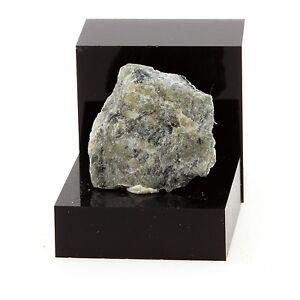 Chromitite-11-6-ct-Estrie-Quebec-Canada