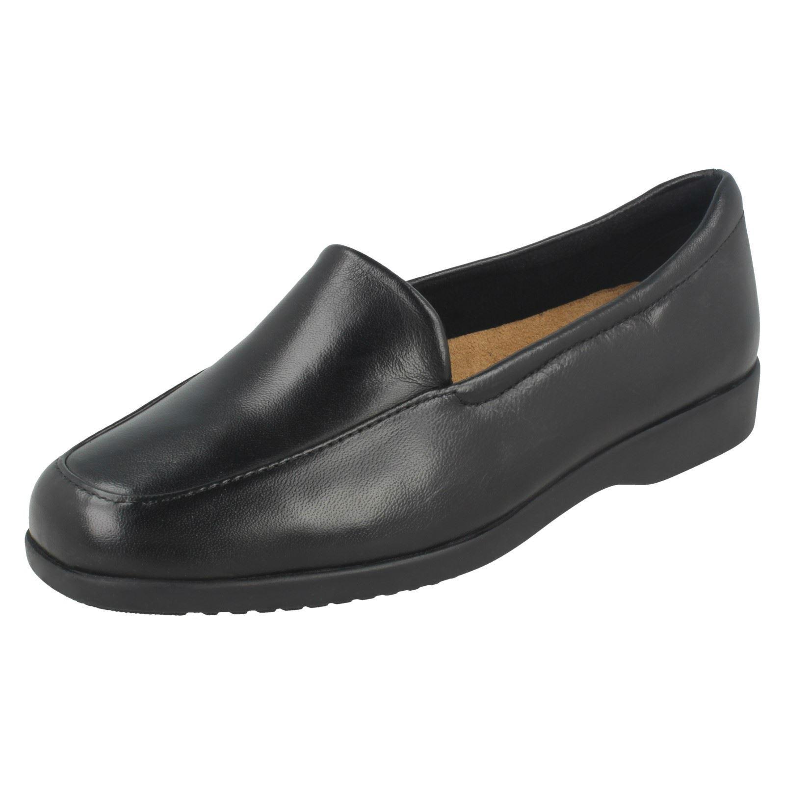Ladies Clarks Flat Flat Flat Loafer Style shoes Georgia dd8c97