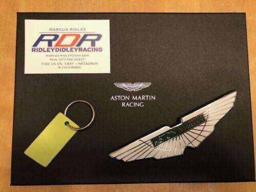 ASTON MARTIN ENAMEL BONNET BADGE  /& RACE CAR CARBON KEY RING PRESENTATION SET