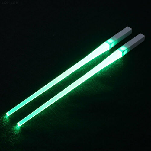 6382 Leuchtende Essstäbchen Paar 8 Farbe LED Küche Zuhause Für Zubehör