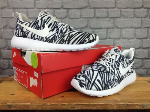 Zapatillas 80 Wild Zebra 36 £ Roshe Blanco Nike Ladies Negro Print 3 One Eu Rrp Uk XanxPT6H
