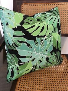 Cushion-Cover-Monstera-Tropical-Plant-Palm-Leaves-Green-And-Black-New