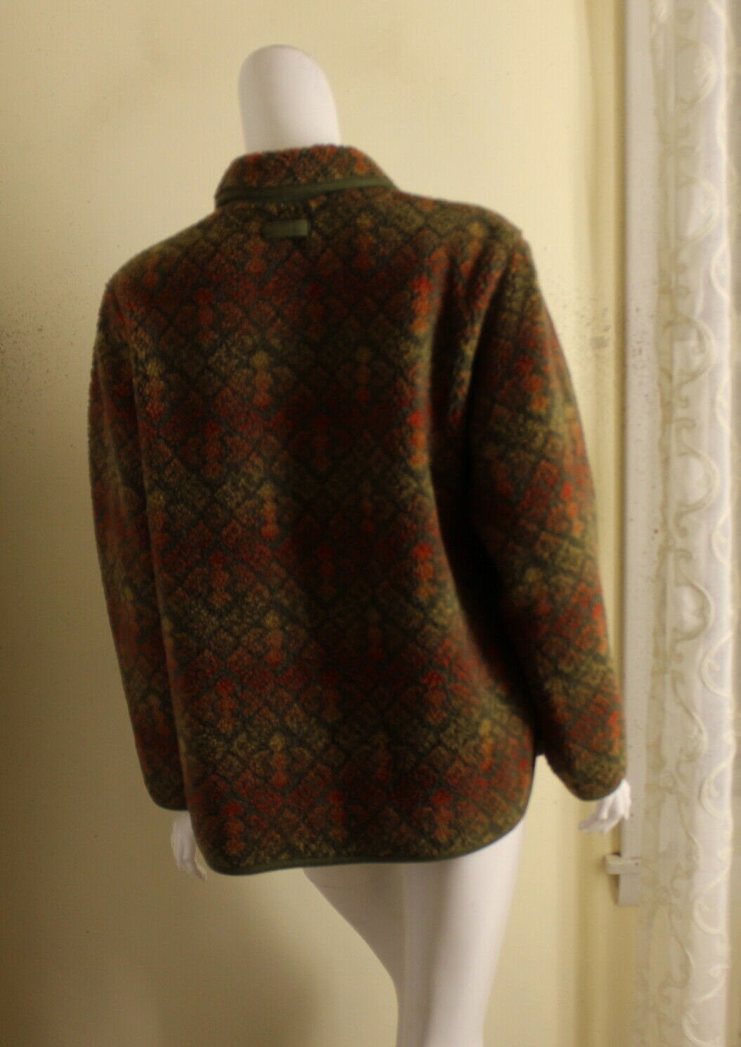 ORVIS -Sz M Lux Deep Pile Fleece Printed Art-to-W… - image 3