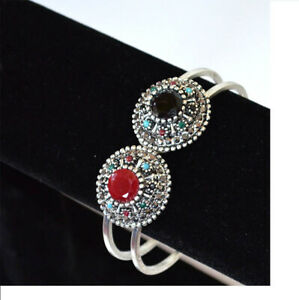 Oxidized-silver-metal-Black-Onyx-and-Ruby-Stones-Bangle-Bracelet-from-India