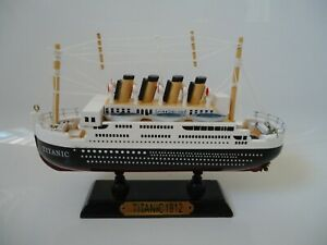 Model Titanic Ship On Stand Made From Wood with lots of detail - Maritime Boat s