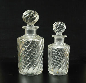 Pair-of-Bottles-Fragrances-XIX-Th-Crystal-Italy-Antique-Perfumes
