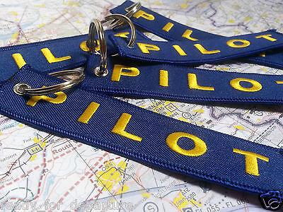 REMOVE BEFORE FLIGHT - CESSNA - PILOT - FOLLOW ME - BORN TO FLY -TAG PORTACHIAVI