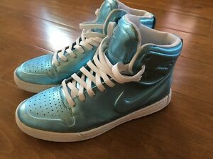 Image is loading Nike-Special-Edition-Metallic-Baby-Blue-High-Tops 45038736d