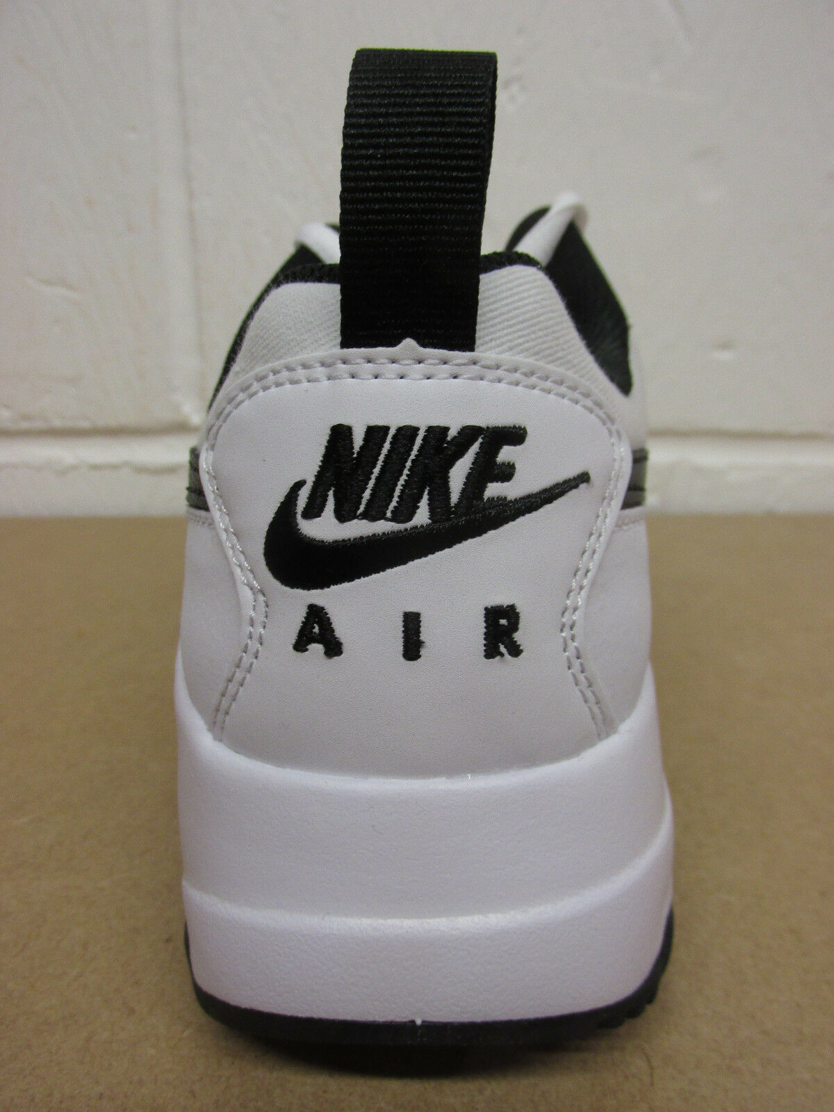 nike  air max muse   nike formateurs 652981 100 chaussures chaussures ba1c24