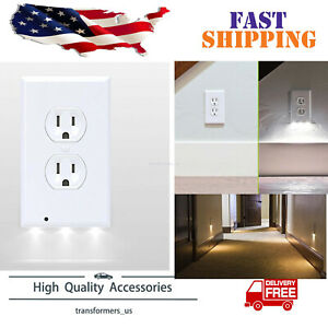 New-Gear-Wall-Outlet-Coverplate-w-LED-Night-Lights-Auto-on-off