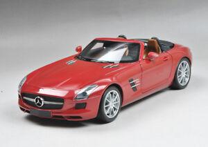 Minichamps-Diecast-Mercedes-Benz-SLS-AMG-Roadster-Red-metallic-2011-1-18