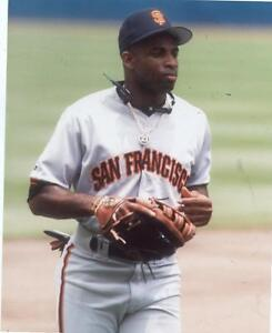 DEION-SANDERS-WITH-GLOVE-SAN-FRANCISCO-GIANTS-UNSIGNED-8X10