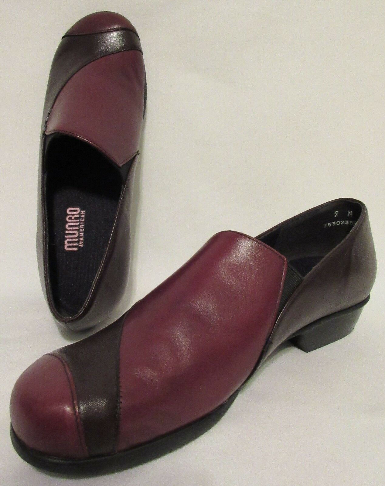 NEU  Munro American CHERYL Wine Dark Cherry Leder Slide Slip On Casual Schuhes 9