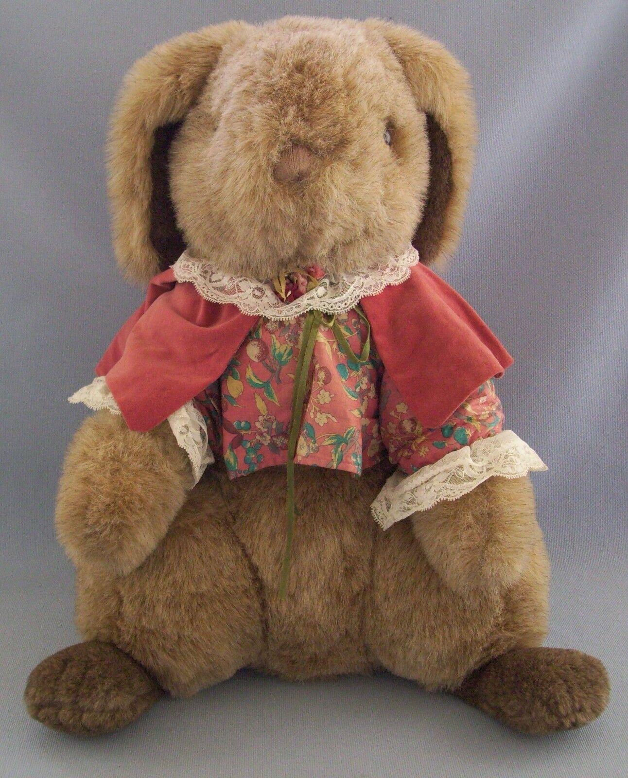 Gund Bunny Rabbit Collectors Classic Easter Cape 20