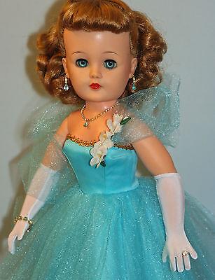 """Medium Blonde Doll Hairnet #1 8000-3 for 14/""""-18/"""" Revlon Doll"""