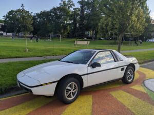 1985 Pontiac Fiero - Super Low Kms, Second Owner, New Clutch & T