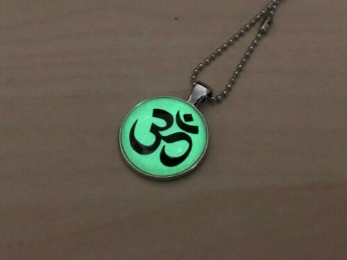Silver Om Aum Pendant Hindu Indian Diwali Healing Prayer Necklace Hare Rama Gift