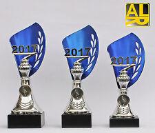 3er-Serie Pokale mit  Jahreszahl 2018 oder 2019 und Embem * inkl. Gravuren