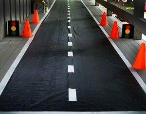 Racetrack-Floor-Runner-Party-Decoration-Race-Car-NASCAR-HOTWHEELS-1-Mat