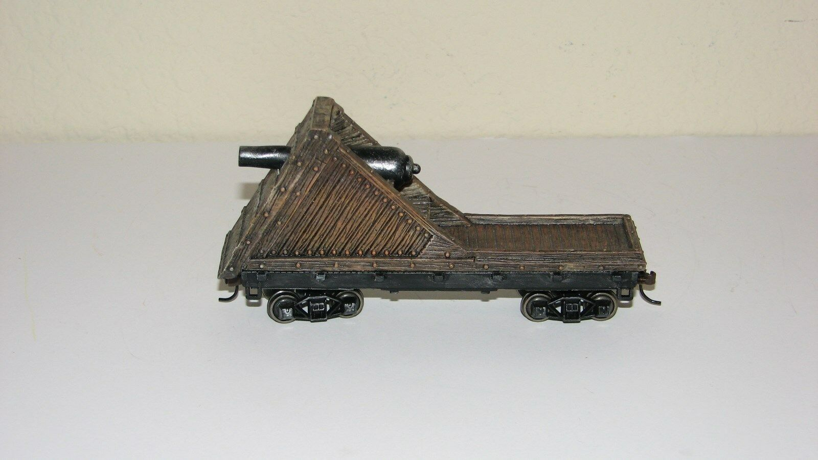 Hawthorne Village Civil War Armorosso Parrot Car with cannon~~Military~~ON30 Scale