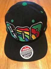reasonable price most popular sale retailer NCAA Starter Hawaii Rainbows Warriors Script Green Flat Bill ...