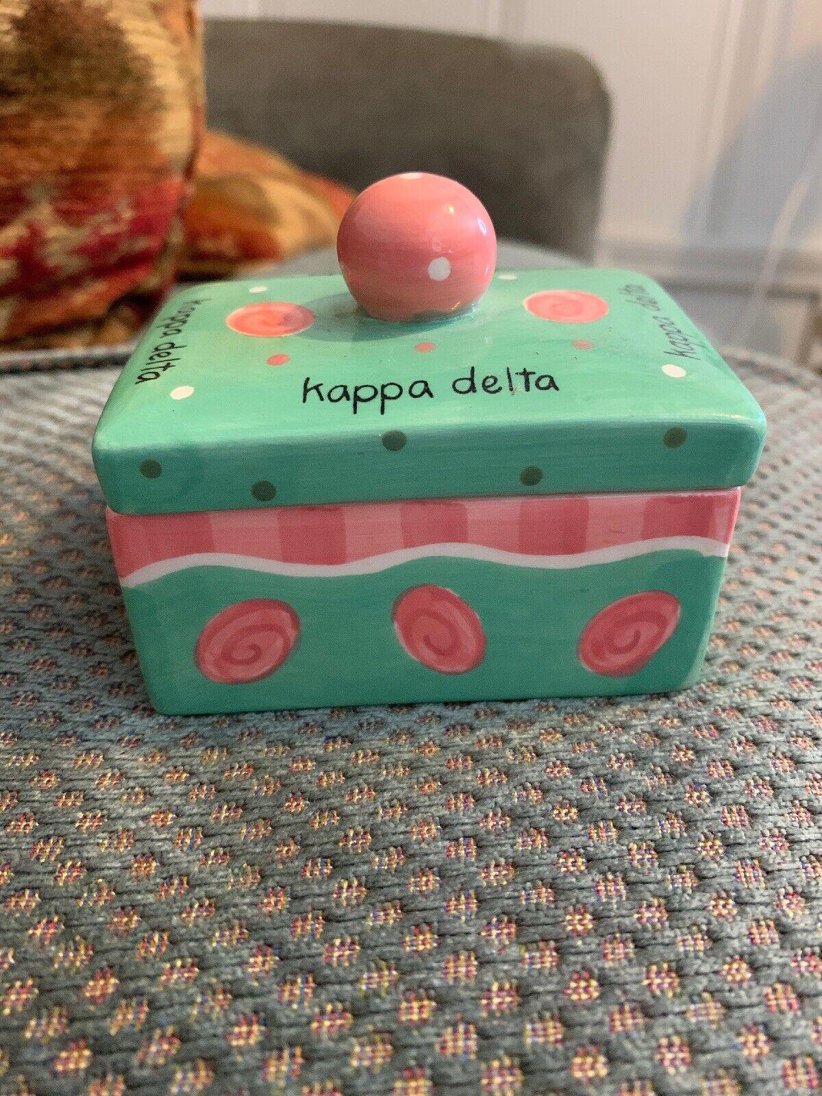 Delta Gamma Round Metal Letter Pin Box