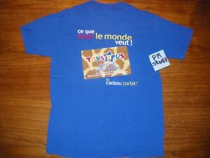 Toys-R-Us-gift-card-Employee-Blue-t-shirt-in-french