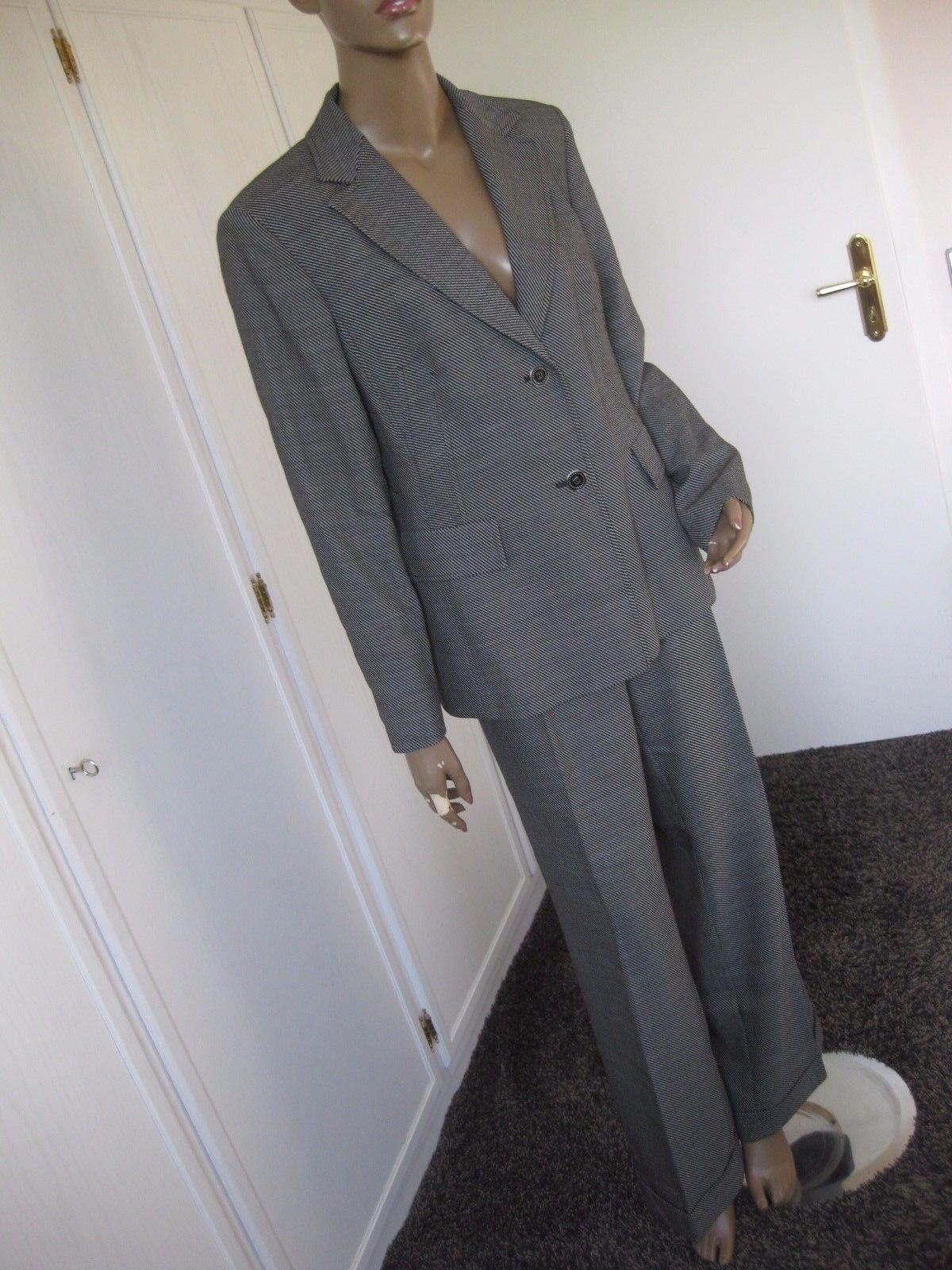 36727d73509 Apanage exclusiver Hosenanzug 44 42 black white Blazer +Hose Wolle. NWT  Free People Bella Lace Shift Dress