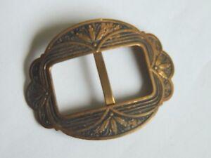 fc1e23536d5f Ancienne boucle de ceinture en métal doré collection costume ...