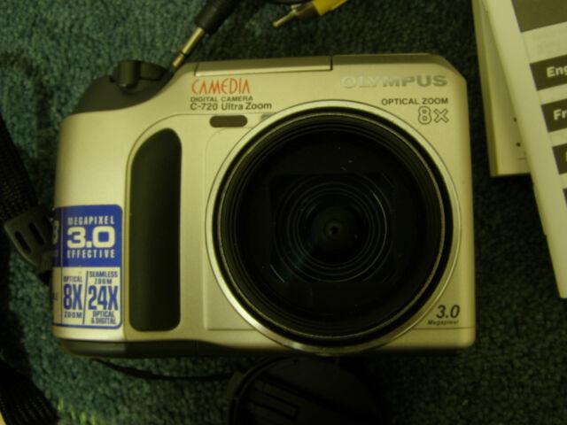 "OLYMPUS CAMEDIA C-720 ULTRA ZOOM 3.0MP 8X Optical Zoom 1.5"" LCD Digital Camera"
