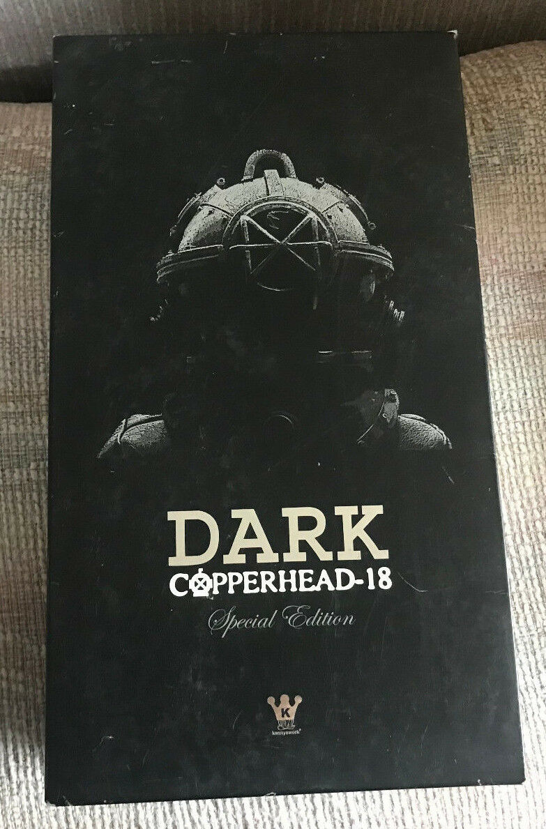1 6 12  HOT TOYS KENNYSWORK DIVER COPPERHEAD-18 DARK NEW IN BOX + EXCL HELMET