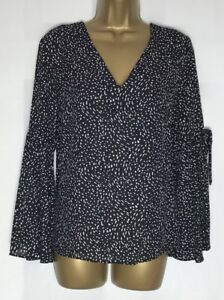 High-St-Black-Ivory-Print-Chiffon-Fluted-Sleeve-Top-Size-12-14-18-D-5h