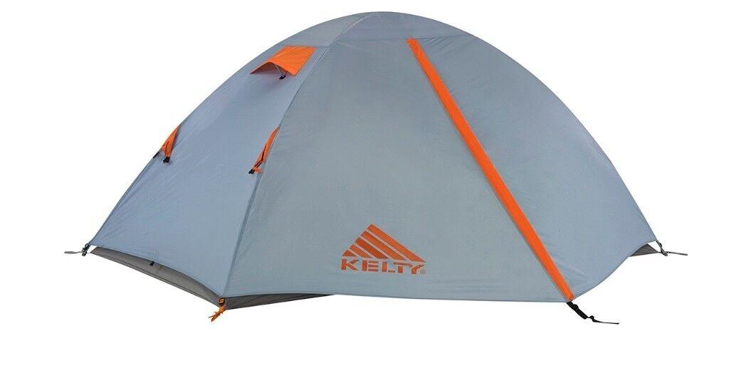Kelty Outfitter Pro 2 persona tienda