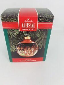 Hallmark-Christmas-Glass-Globe-Ornament-Teacher-Mary-Engelbreit-1992