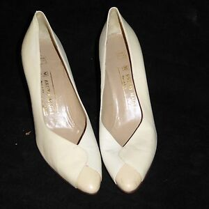 Bruno-Magli-3-034-Pumps-Size-9-AA-US-39-EU-ITALY-White-High-Heels-Leather-Shoes