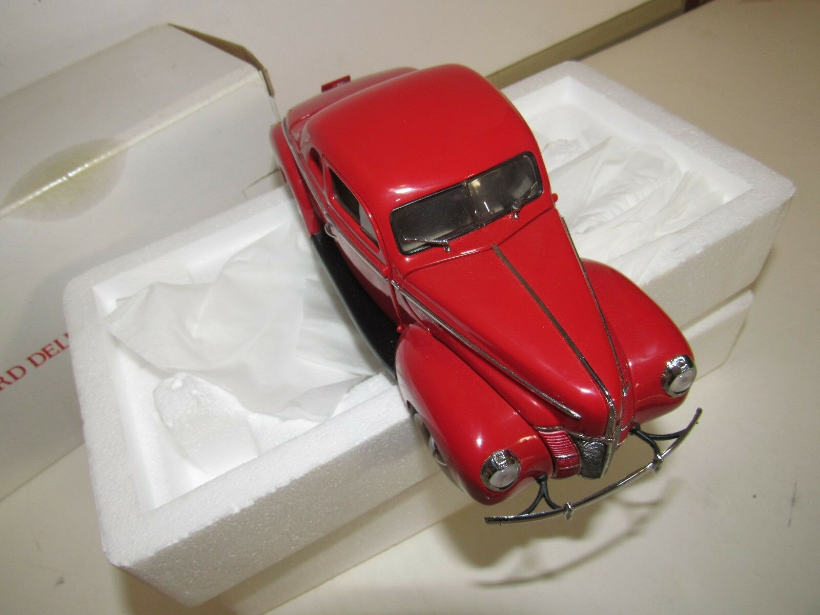 DANBURY Comme neuf 1940 Ford Coupe