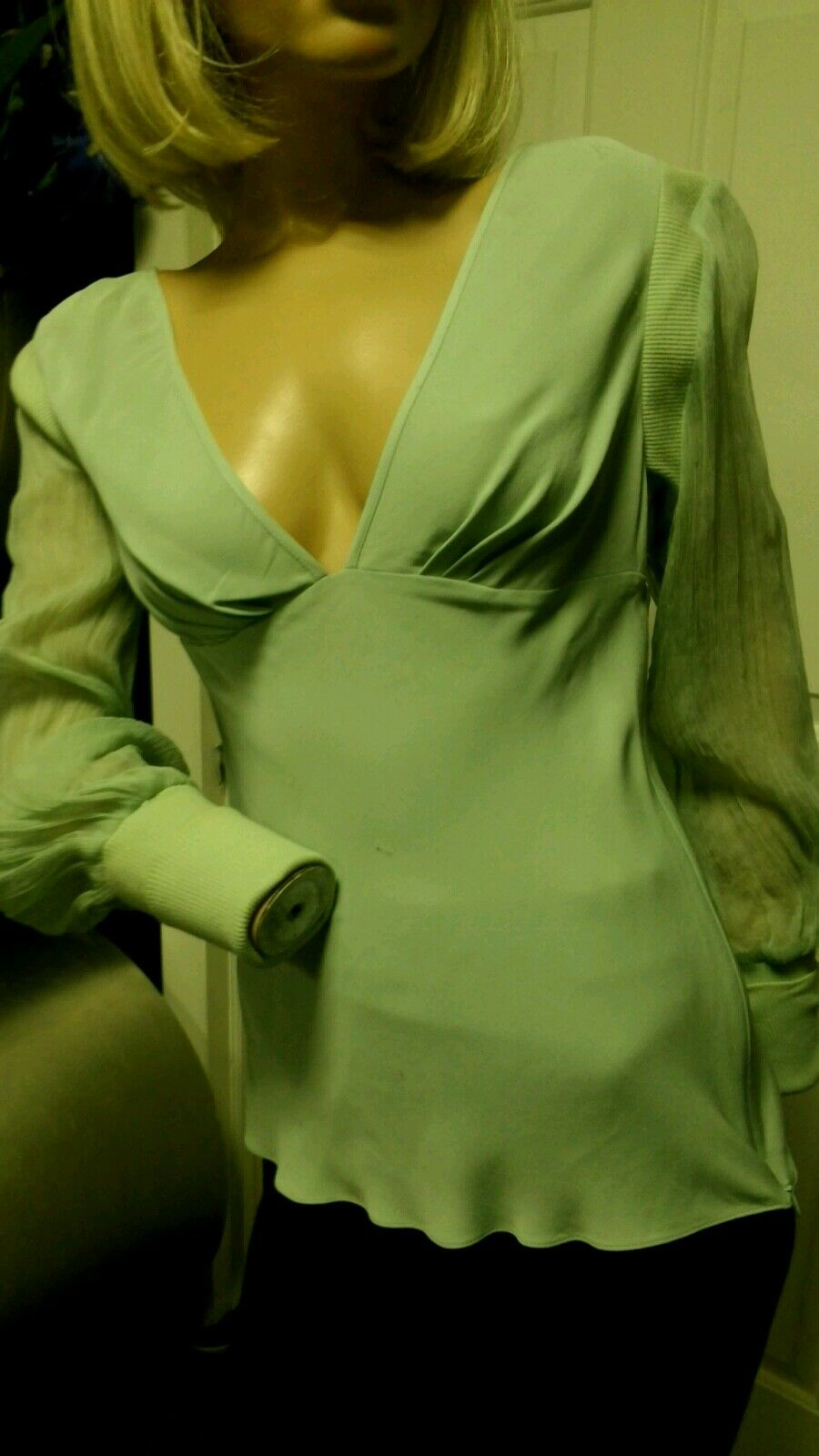 Catherine Malandrino Authentic  100% Silk Grün Plunge Top  M