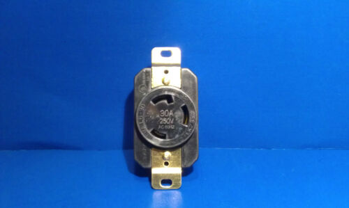 Replacement Wall Receptacle 30 Amp 250 Volt Twist Lock 3 Prong Nema L6-30R