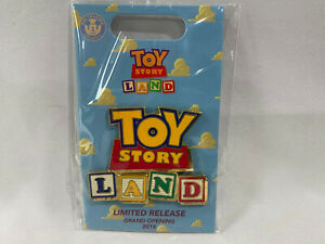 2018-Loungefly-Toy-Story-Land-Grand-Opening-Limited-Release-Pin-Logo-New
