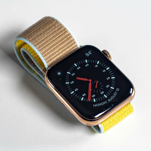 APPLE WATCH SERIES 5 GOLD STAINLESS STEEL 44MM LTE
