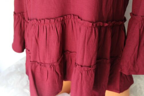 MISS CHIEVOUS Stretch Knit Pullover BURGUNDY Top Caged Front /& Back V Neck L