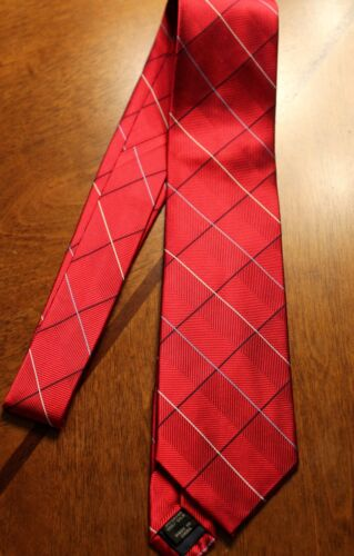 A Banks Brand New Neck Tie 100/% Silk Red Neck Tie Free Shipping #4 Jos